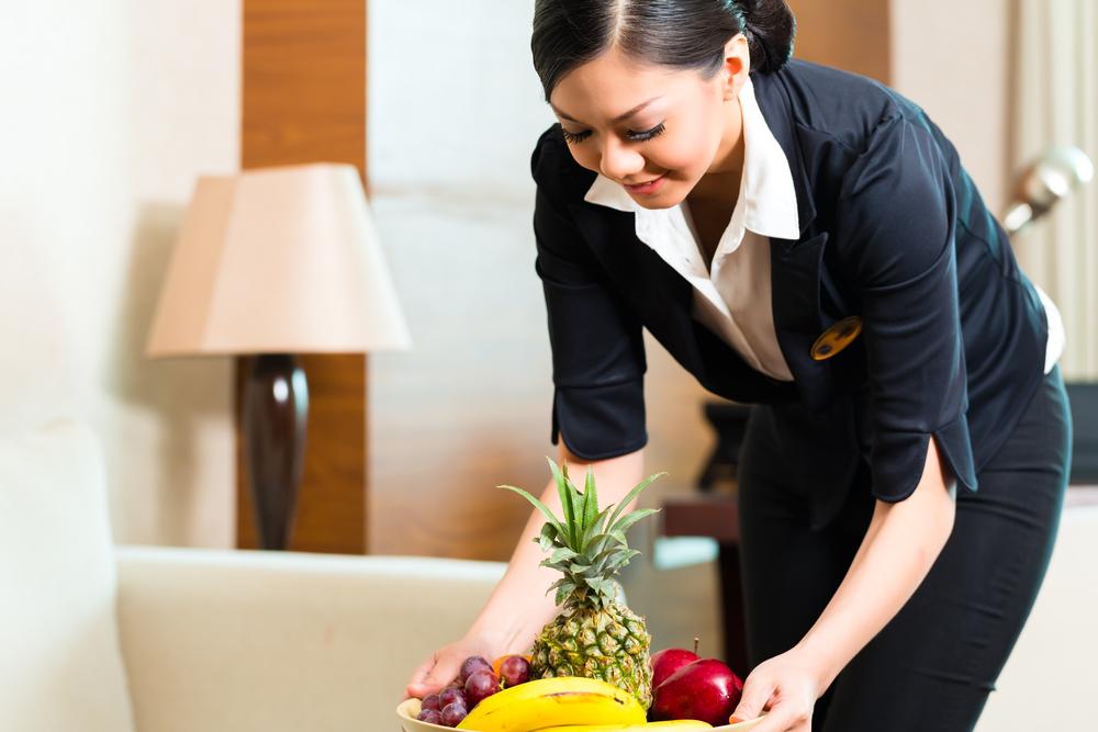 Für Frankfurt werden zwei Haushälterinnen gesucht. Pohlmann & Lange Hauspersonal-Vermittlung. Stellenangebote Frankfurt für Haushälterinnen.